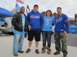 Tailgating in Detroit - Quest for 31